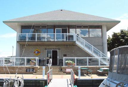 Alexandra Yacht Club