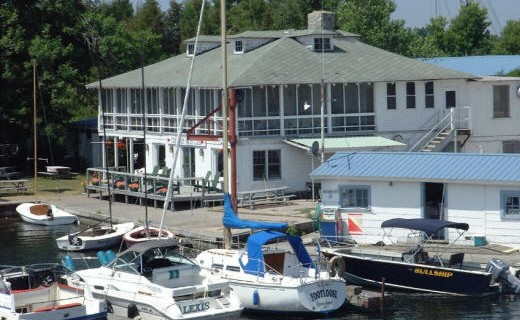 Crescent Yacht Club
